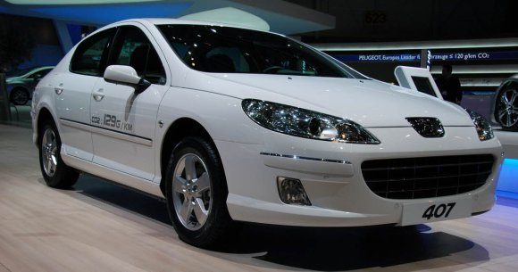 Peugeot installs small diesel engine in 407, beats CO2 figure thumbnail