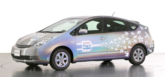 REPORT: Toyota will launch series production PHEV Prius in 2012 thumbnail