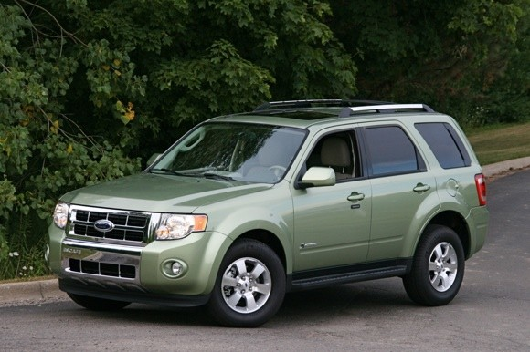 2010 Ford Escape hybrid gets upgraded battery and software thumbnail