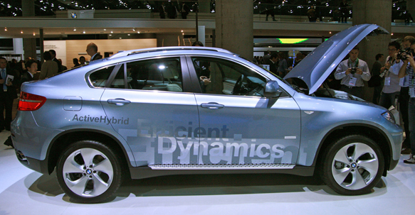Frankfurt 2009: BMW ActiveHybrid X6 throws down thumbnail