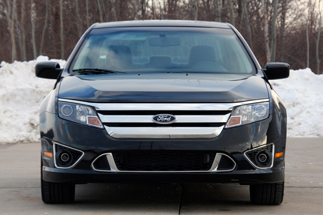 REPORT: Ford looking to invest up to $500 million in Michigan hybrid, EV plants thumbnail