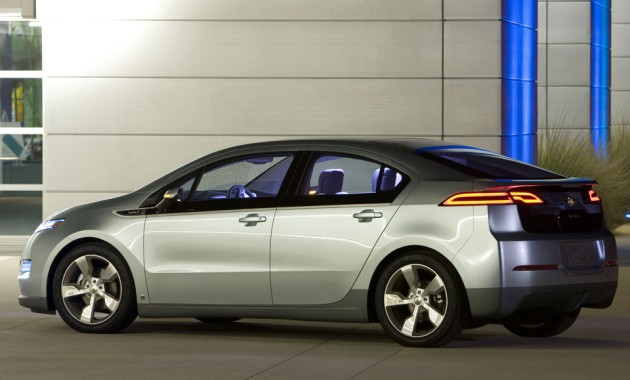 Lutz: Whitacre will not slow down Chevy Volt, electrification thumbnail