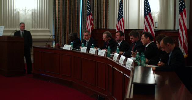 Green Car Summit: all hands (almost) on deck for electric vehicles thumbnail
