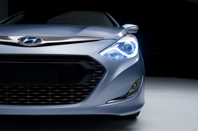 Hyundai releases first teaser shot of the Sonata hybrid thumbnail