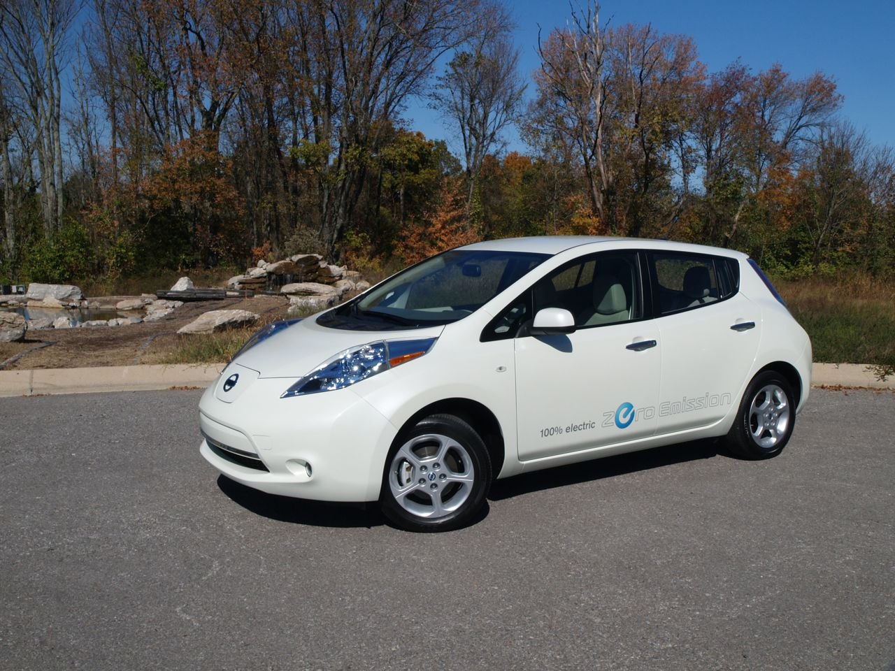 Nissan CEO: EV sales must eclipse 1M annually for sticker price to be competitve without subsidies thumbnail