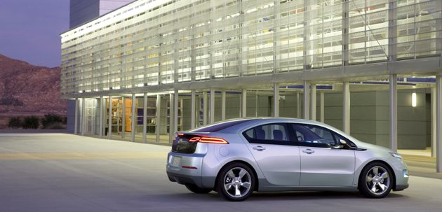 GM: Yes, the Volt's gas engine can power the wheels thumbnail