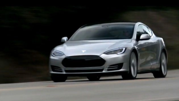 Video: First Model S Alpha build hits the road and its gorgeous thumbnail