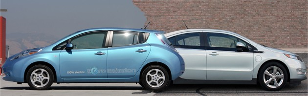 Sales update: Chevy Volt hits 608, Nissan Leaf moves 298 in March thumbnail