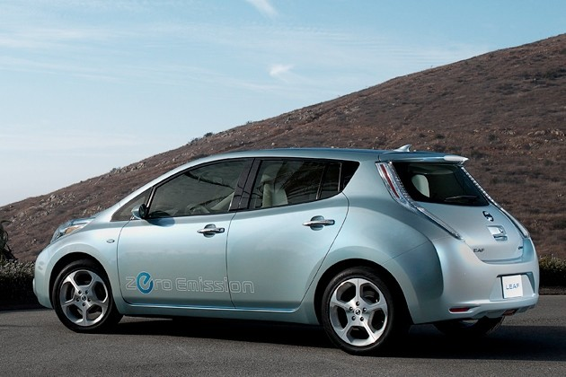 Report: Nissan Leaf sales to exceed 10,000 in U.S. by end of 2011 thumbnail