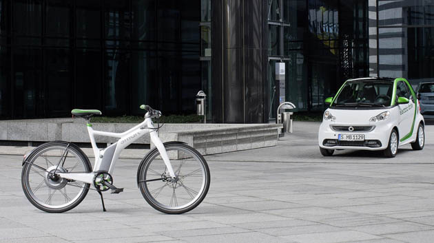 Daimler gets in on the electric bicycle game with Smart E-Bike thumbnail