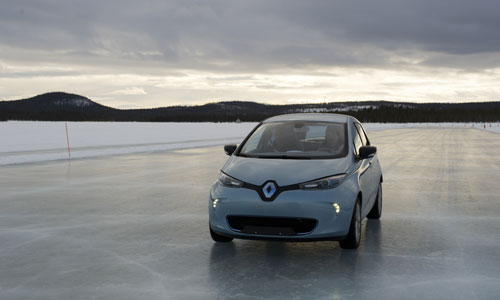 Renault says Zoe performance changes 'almost unnoticeable' in cold weather thumbnail
