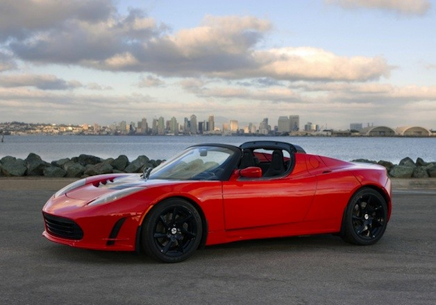 Rumormill: Tesla will reportedly call new Roadster the 'Model R' thumbnail