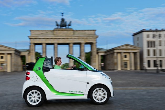 Report: Slow sales in Europe mean EVs often going to fleets thumbnail