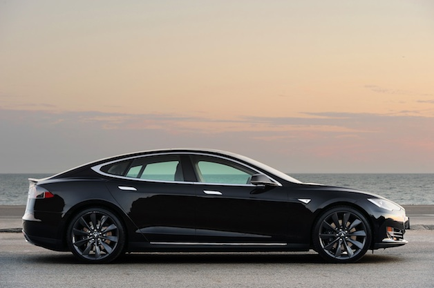 Read This: Here's how buying a Tesla Model S works in China thumbnail