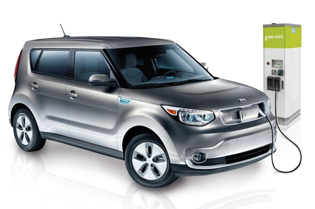 Official: Kia Soul EV will plug into Sky DC fast chargers, EZ-Charge network thumbnail