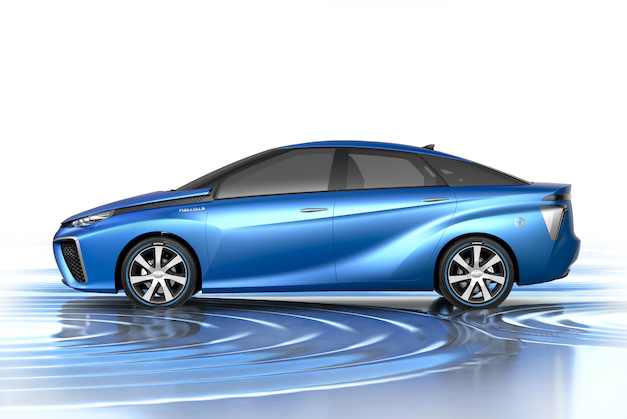 Official: Toyota giving away its first hydrogen car in US thumbnail
