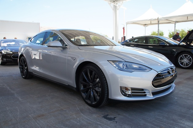 Report: Tesla looking ahead to certified used car program thumbnail