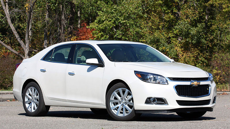 Chevy Malibu will become 45-mpg strong hybrid with next update thumbnail