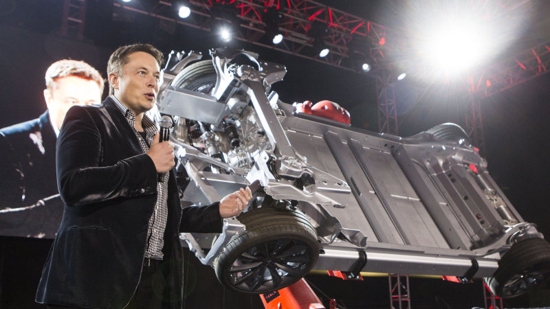 Tesla to reveal batteries for home and business next week thumbnail