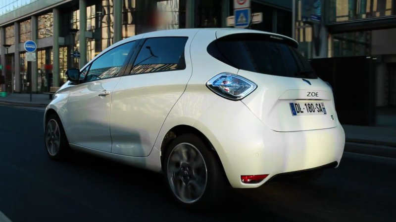 Recharge Wrap-up: Renault Zoe driving video, BYD Buses in Campinas thumbnail