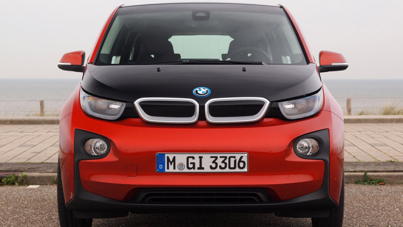 BMW i3 owners in California get $1,000 to delay charging thumbnail