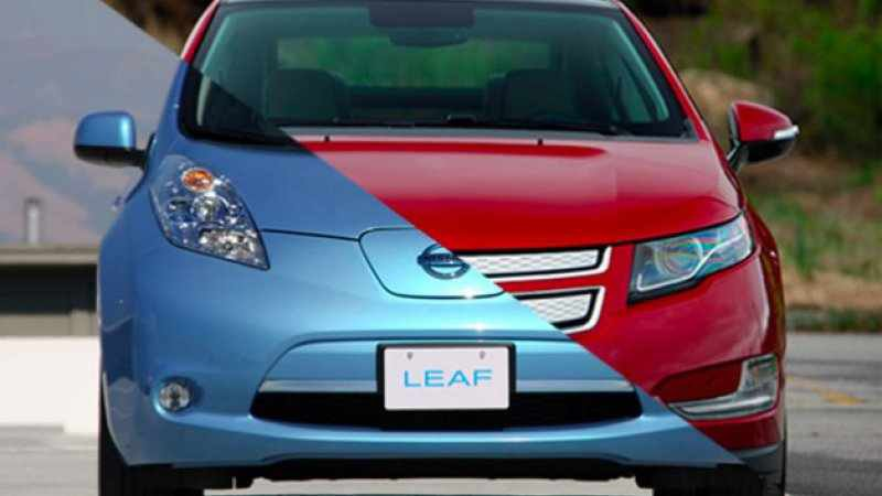Chevy Volt outsells Nissan Leaf for first time since October 2013 thumbnail