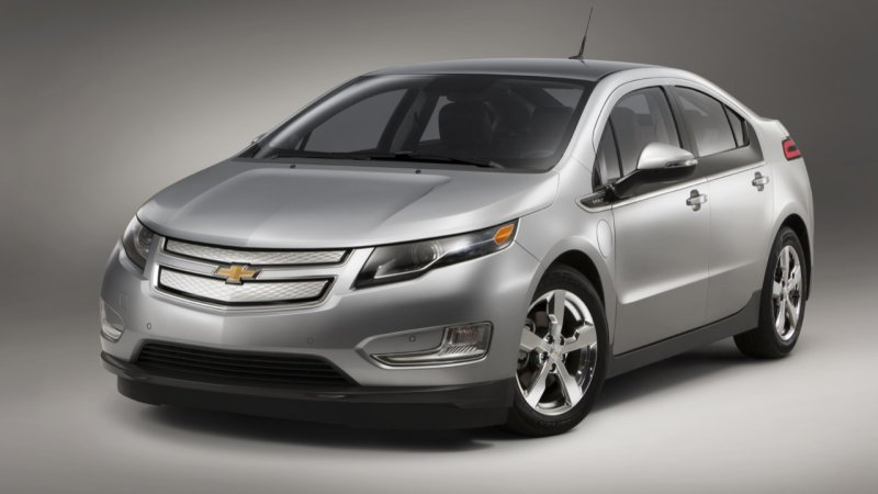 Now's the time to buy a cheap first-gen Chevy Volt thumbnail