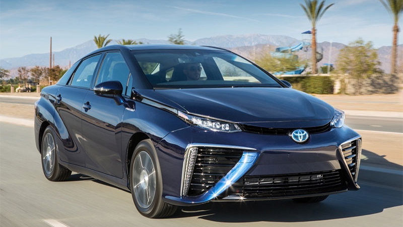 Toyota Mirai could get Prius-like 'family' of models thumbnail