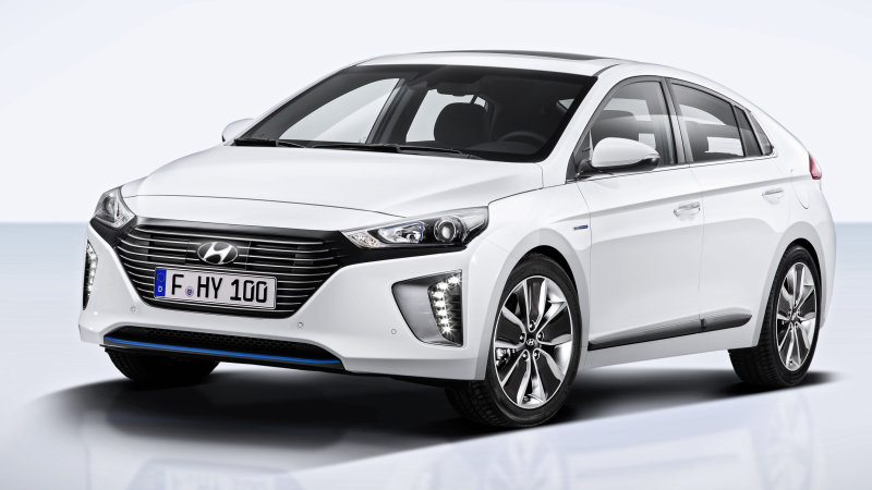 Hyundai Ioniq launches in Korea before challenging Prius in US [w/video] thumbnail