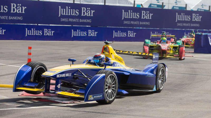 Formula E delays power increase to be phased in gradually thumbnail