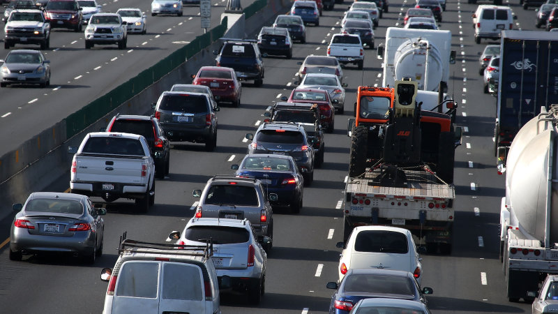EIA: We're driving more while using less gas thumbnail