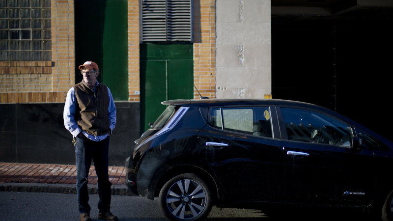 Nissan Leaf app contains cyber vulnerability, researcher says [UPDATED] thumbnail