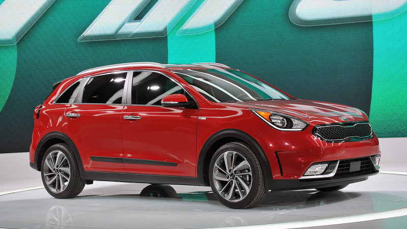 Kia Niro crossover is the company's first dedicated hybrid thumbnail
