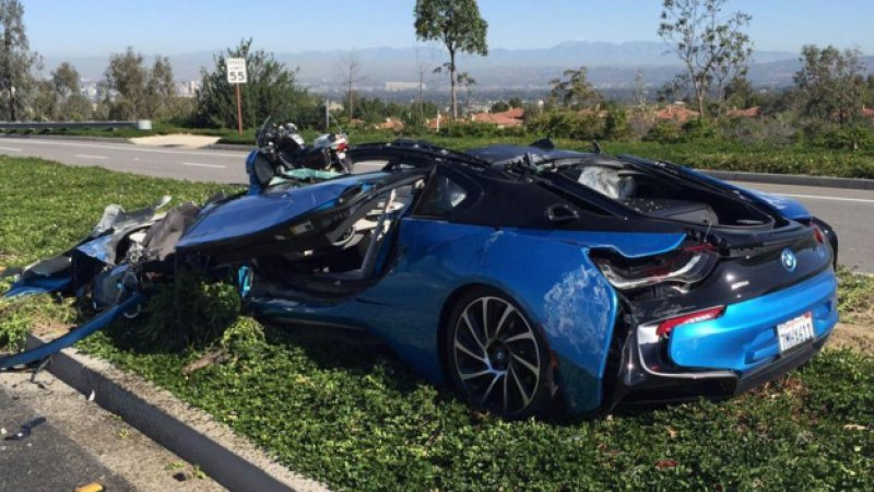 BMW i8 crushed by cement truck will break your heart thumbnail