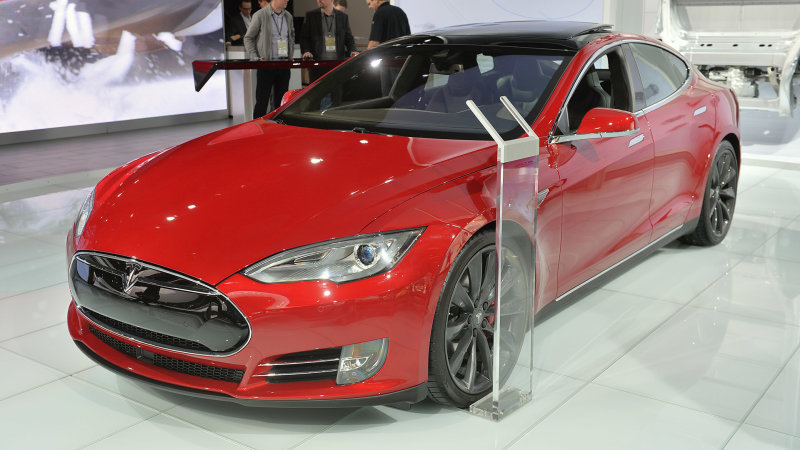 Tesla Model S P100D outed by hacker, Twitter thumbnail