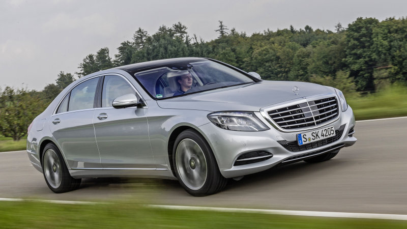 Recharge Wrap-up: Mercedes to add E350e, S550e to get wireless charging, thumbnail