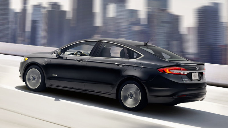 2017 Ford Fusion Hybrid and Energi Quick Spin thumbnail