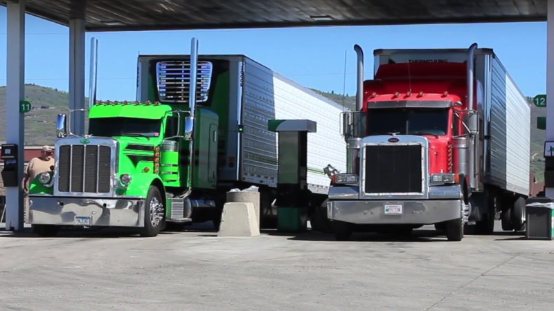 New heavy-duty vehicles MPG rules could save 2 billion barrels of oil thumbnail