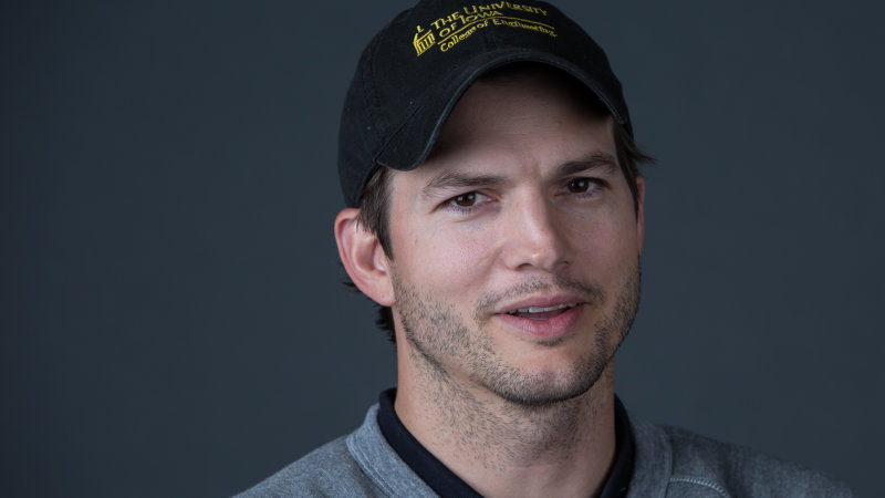 Ashton Kutcher has a surprisingly smart view on self-driving cars thumbnail