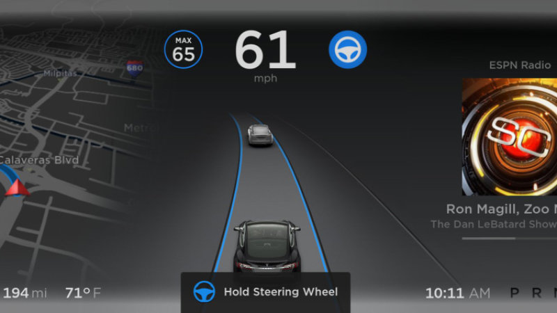 Here's what makes Tesla's new Autopilot self-driving technology work thumbnail