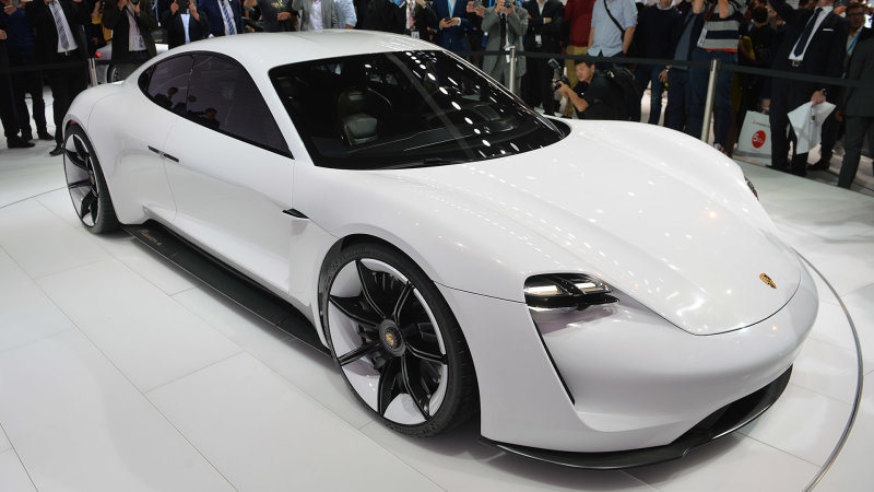 Porsche wants to sell 20,000 Mission E sedans a year thumbnail