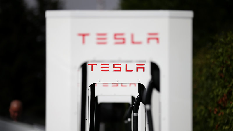 Tesla ends free, forever Supercharger program thumbnail