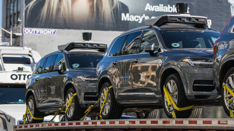 Uber is moving its self-driving cars from California to Arizona thumbnail