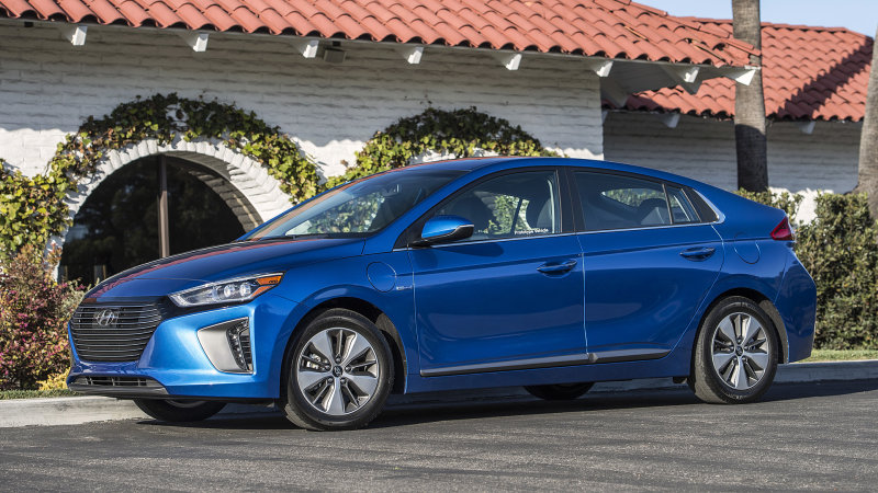 Keep it simple, stupid | 2017 Hyundai Ioniq Hybrid and Plug-In First Drive thumbnail