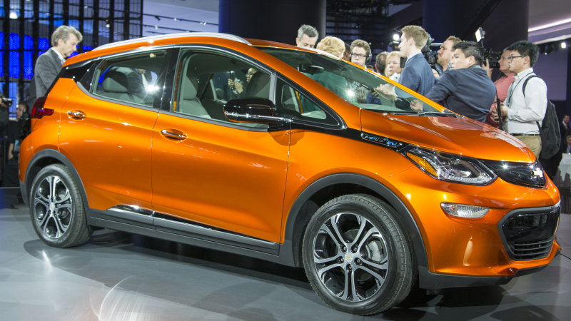 Chevy Bolt and Volt both easily outpace Nissan Leaf sales thumbnail