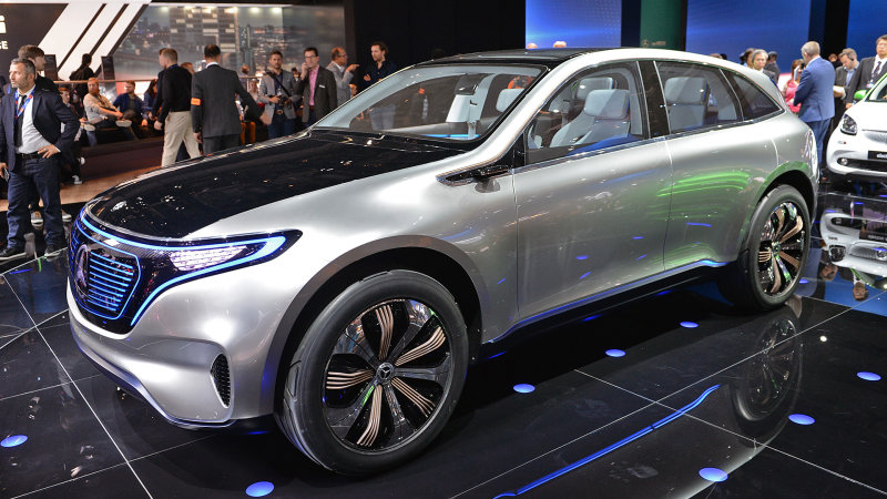 Mercedes-Benz to offer 10 new EVs by 2022 thumbnail
