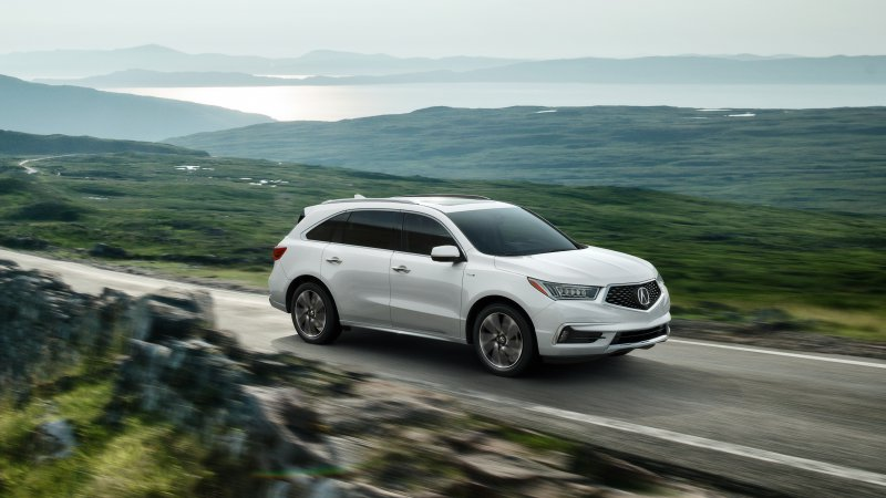 2017 Acura MDX Sport Hybrid goes on sale in April for $52,935 thumbnail
