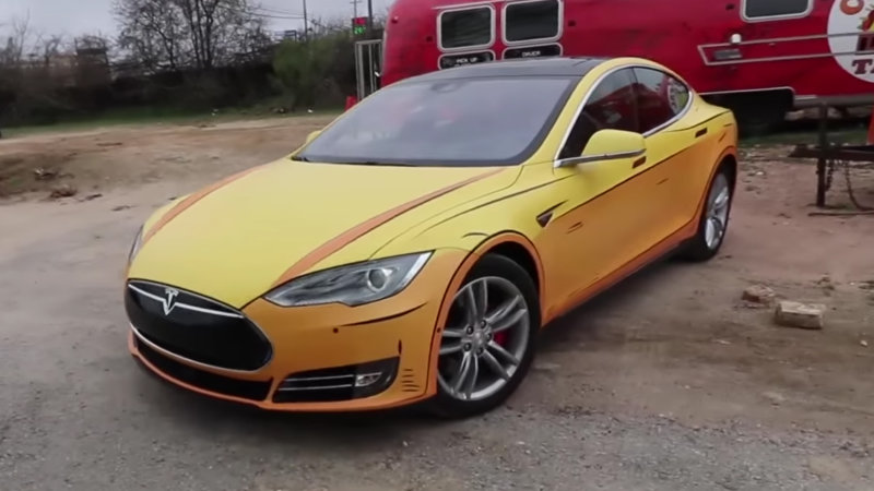 This Tesla looks like it was ripped out of a comic book thumbnail