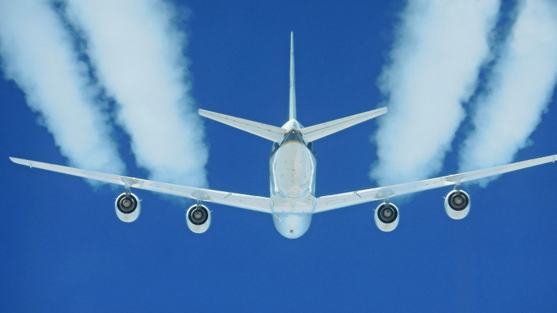 NASA finds biofuels make air travel 70 percent greener thumbnail