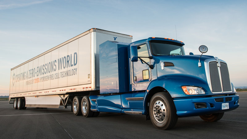 Toyota puts fuel cell trucks to work at Port of Los Angeles thumbnail